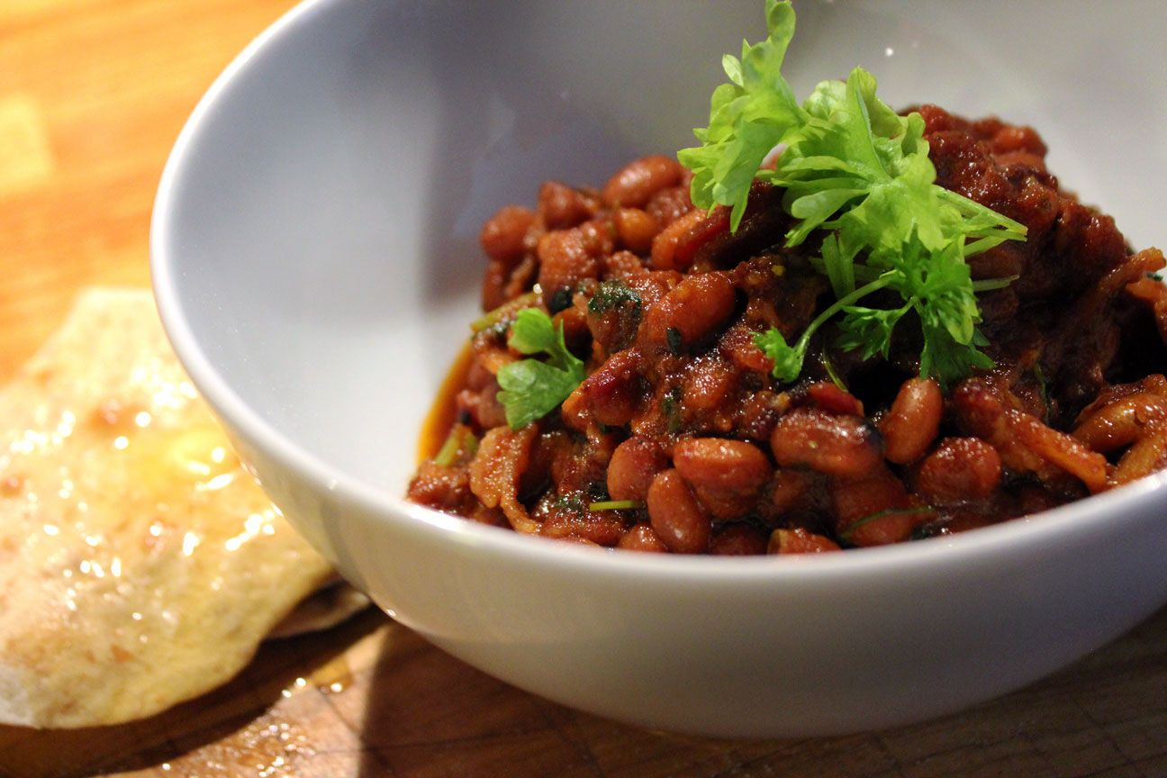 Pressure-cooked baked beans with amazing flatbread